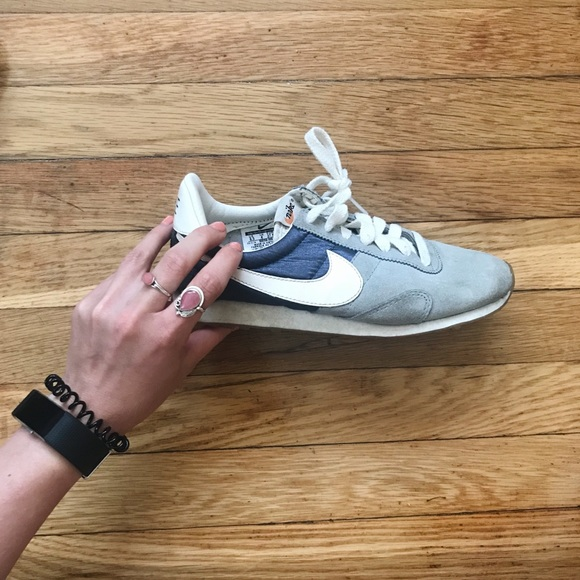 best website 458b5 c337f Nike Women s Pre Montreal Racer Vintage Sneakers. M 5b145995d6dc52a3cced4cf0
